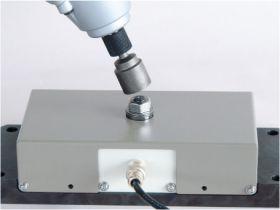 インパクトトルク測定機の外観